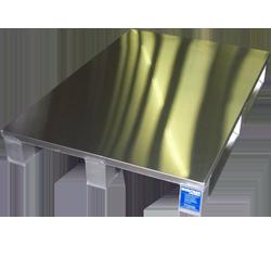 Aluminium-Sonderpalette mit Sandwichdeck von Metallbau Hercher